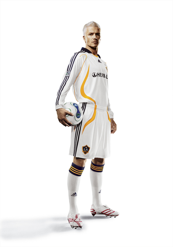 fullj_getty-fbl-galaxy-uniform-beckham_2_13_55_pm.jpg